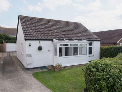 Photo for 2 bedroom property in Selsey. Pet friendly.