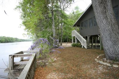 The Boat House offers river front viewing-Choctaw Lodge Rertreat