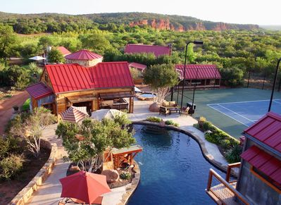 Red Sands Ranch - River Resort (Sleeps 12-37) Private Tennis/Pool, Airstrip  New! - Mason