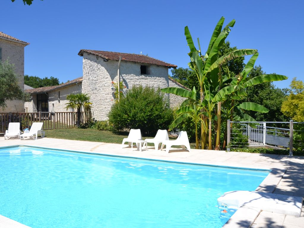 Large house with private pool and jacuzzi - 1631184