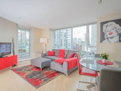 Photo for Stunning Downtown 2bd Condo - Minutes to Stadium