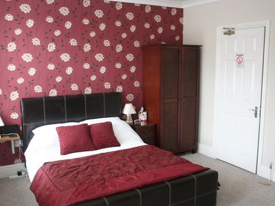 Photo for Fully furnished 5 ensuite bedroom house near Ipswich town centre and Waterfront