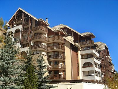 Photo for Apartment 1.4 km from the center of Mont-de-Lans with Lift, Parking, Washing machine, Balcony (97063)