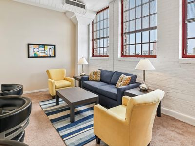 Photo for Spacious 2 bedroom in the Heart of downtown's Warehouse District