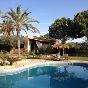 Photo for Cosy fincahouses, ( 2 persons), near to sea with wundervol garden and large pool