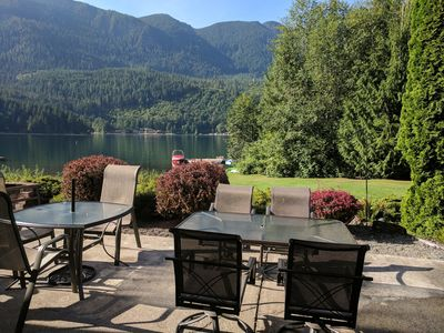 Lake Sutherland Home, Hot Tub, Private Dock, 2 Acres, Bunk House/Game Room!