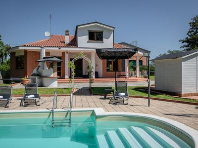 Photo for Villa Sequoia with pool and private spa
