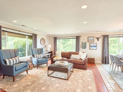 Photo for 3BR Oregon Wine Country Home - Vineyard and Mountain Views