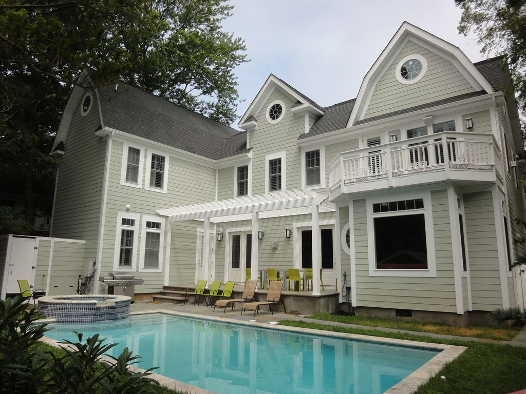 Fabulous 8 Bedroom 8 5 Ba House With Pool Jacuzzi South Rehoboth