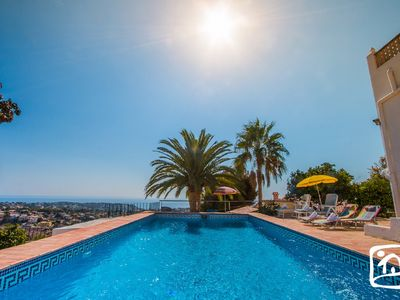 Photo for 8 Lovely villa with private pool and magnificent sea views