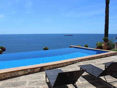 Photo for Amazing waterfront Villa. Amazing property on the sea
