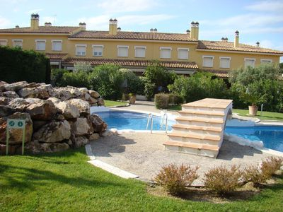 Photo for HOUSE WITH POOL, BARBECUE AND WIFI VERY CLOSE TO THE BEACH. IDEAL FAMILIES.
