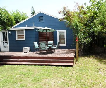 Photo for Walk to Beach, 2 BR, Sleeps 4, Fenced Yard, Dog OK, Patio