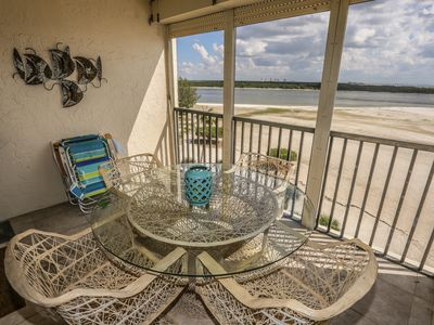 Photo for Beautiful 6th floor remodeled condo at Carlos Pointe