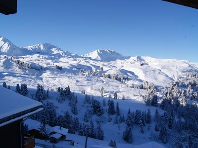 Photo for Fantastic ski apartment, 2,5 minutes walk from the slopes, shops and restaurants