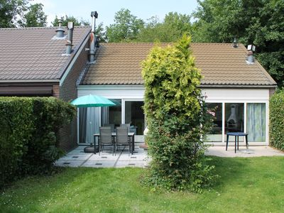 Photo for Family friendly, modern holiday home in the holiday park Aquadelta in Bruinisse