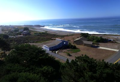 Welcome To The Bodega Bay Beach Home, Walking distance to Portuguese Beach