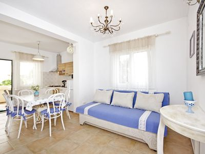 Photo for Comfortable apartment in the quiet part of Zaton, near the beach / 100 m