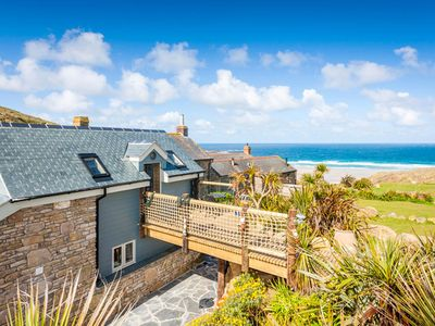 Photo for Sandpipers, Boutique Cottage With Wow Sea Views In Amazing Location