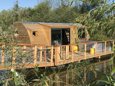 Photo for FLOATING CABIN WITH PRIVATE SPA LES CLOS
