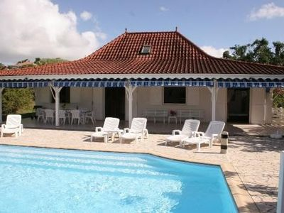 Photo for Belle Villa Creole F5 with Pool Garden and view On The Rock's Diamond