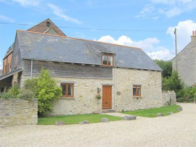 Photo for 3BR Cottage Vacation Rental in SUTTON POYNTZ, South West England