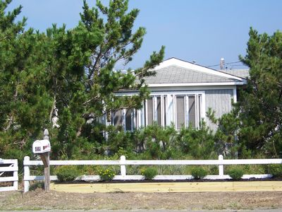 Photo for Bayside Beach Cottage