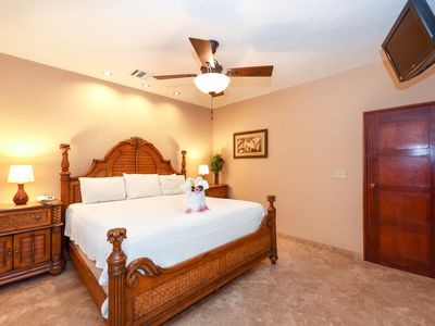 Photo for Spectacular 2 Bedroom Condo at INFINITY BAY