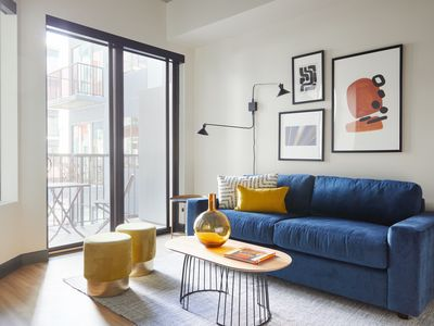Photo for Sonder | Mill Ave | Beautiful 1BR + Sofa Bed