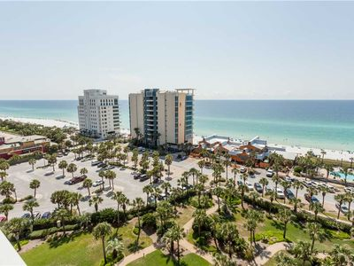 Photo for Luxurious Spacious Four Bedroom Three Bathroom Ocean Balcony Unit With Washer And Dryer
