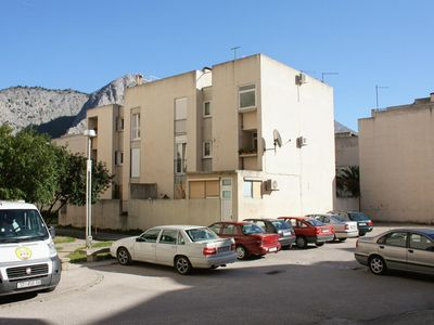 Photo for Apartment in Omiš (Omiš), capacity 4+0