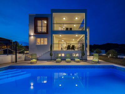 Photo for Beautiful Villa Luxury Dvornice, in Dalmatia