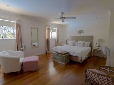 Photo for Barefoot Escape - One Bedroom House, Sleeps 2