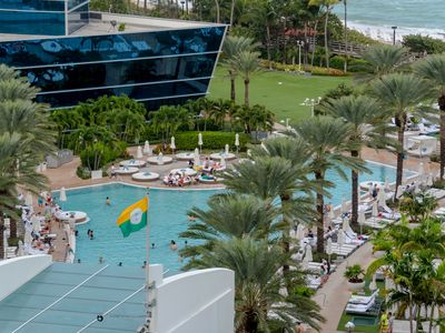 Photo for Fontainebleau Hotel Ocean View Suite in the Tresor Tower! No Resort Fees!