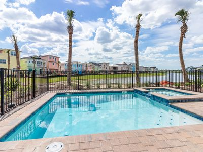 Photo for Margaritaville Resort Orlando - 5 bedroom/5 bath cottage - 7960 Shaker Street