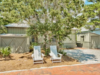 Photo for 'Lazy Magnolia' - Close to Beach & Pool w/4 Bikes & Beach Chairs! Near Rosemary!