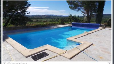 Photo for Beautiful Provençal farmhouse in the vineyards with large private pool