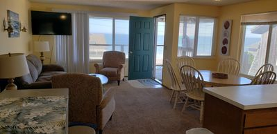 Photo for 3BR Townhome Vacation Rental in Lincoln Beach, Oregon