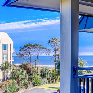 Check out our 2BR sister property at North Shore Place Vrbo.com/2259564/$100 OFF