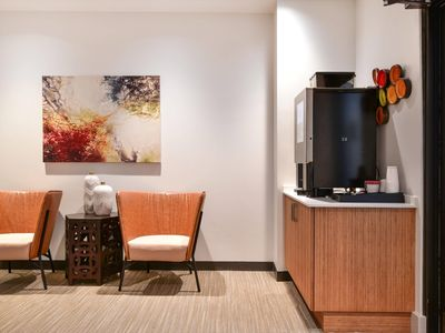 Photo for Experience Downtown Boston Living- Hotel Style 1 BR Apartment