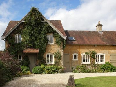 Photo for 3 bedroom accommodation in Near Burford
