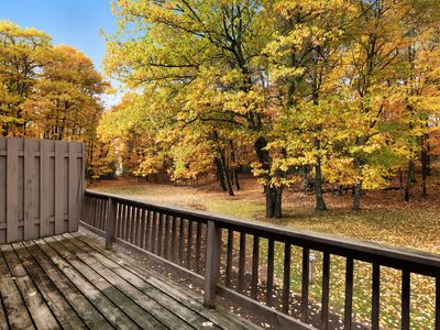 Photo for Comfortable 3-level condo w/ deck & gas fireplace - close to Dollar Lake!