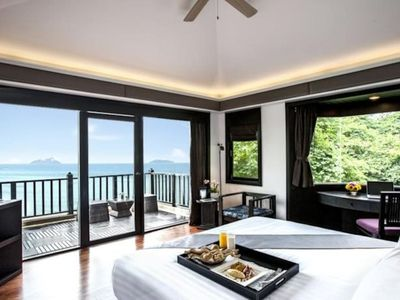 Photo for Exquisite Sea View villa