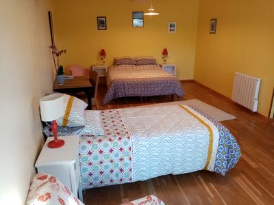 Photo for Spacious YELLOW room - Breakfast included