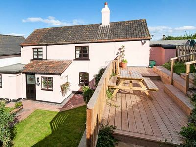 Photo for ROSE COTTAGE, pet friendly, with a garden in Blue Anchor, Ref 924216