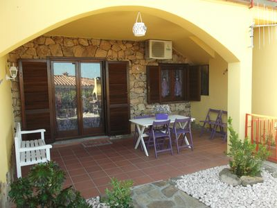 Photo for Beautiful apartment near the sea, garden with barbecue and private parking space.