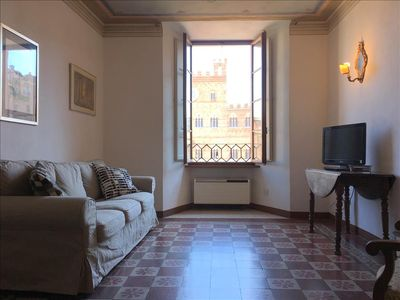 Photo for FONTE GAIA - 3bd with Piazza del Campo view