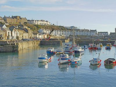 Photo for SEA STAR, family friendly in Porthleven, Ref 959454