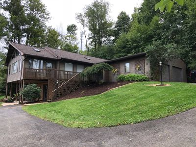 Photo for Spacious Mountain Lodge Near Penn State University