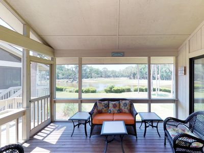 Photo for Comfortable Hilton Head condo with a shared pool, close to beach!